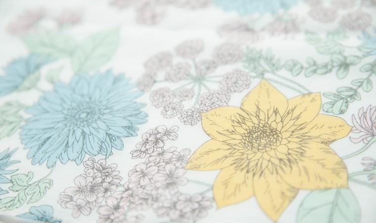 オーガニックコットン ラージハンカチーフ Drawing flowers  <colorful>