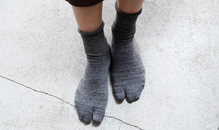 履き口くるっと靴下 足袋型
